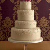 ivory-swag-wedding-cake