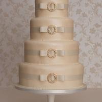 monaco-wedding-cake
